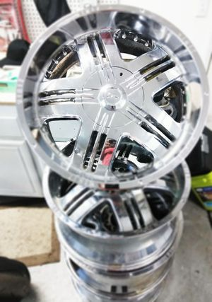 Summer Deal 22/10.5 Chrome ZINIK Rims with 4' Lips for Sale in Perris, CA