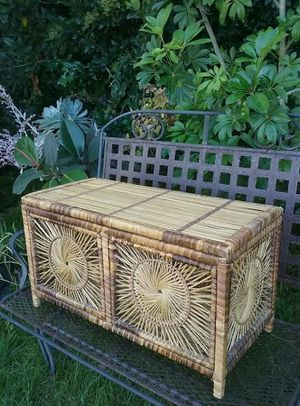 Bamboo Wicker Sunburst Trunk for Sale in San Diego, CA