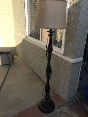 Floor lamp for Sale in Norco, CA
