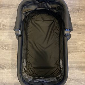 Contours Stroller Bassinet for Sale in Pittsburgh, PA