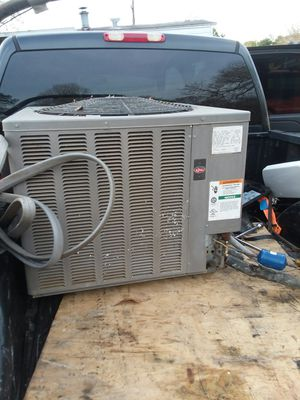 Condenser outside ac unit for Sale in Pinehurst, TX