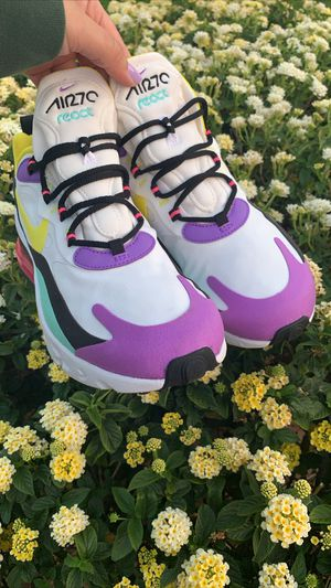 Nike 270 react for Sale in Covina, CA