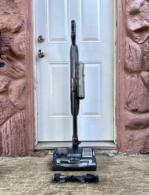 Shark Rocket Powerhead Stick Vacuum Cleaner w/ brushrolls for Sale in La Mesa, CA