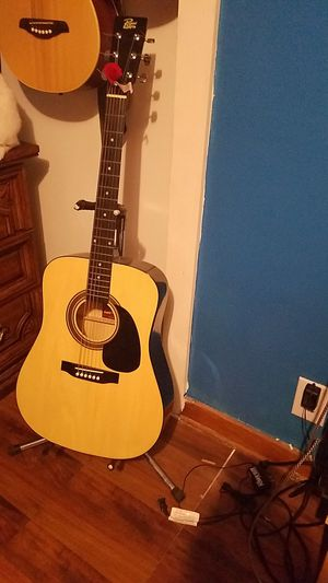 Acoustic guitar for Sale in Poseyville, IN