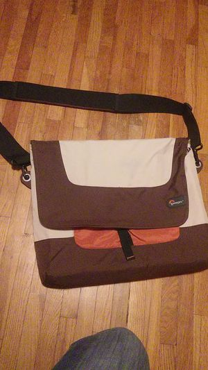 Laptop carry case for Sale in Pequot Lakes, MN