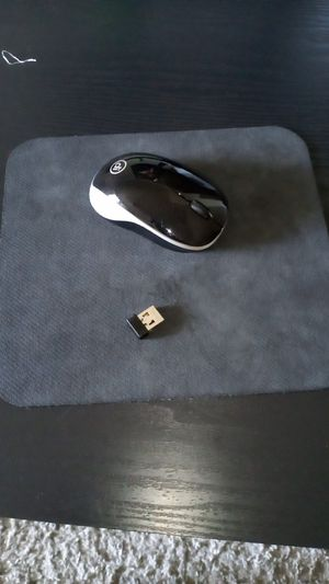 Wireless mouse with mouse pad for Sale in Orange Park, FL
