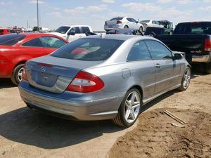 Parting out Mercedes Benz clk350 for Sale in Dallas, TX