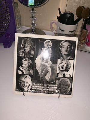 Marilyn Monroe Glass Picture for Sale in New Haven, CT