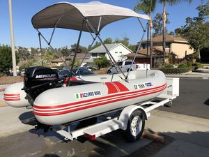 2015 20 horse mercury outboard motor on 12 foot Azzurro Mare inflatable boat. for Sale in Lake Forest, CA