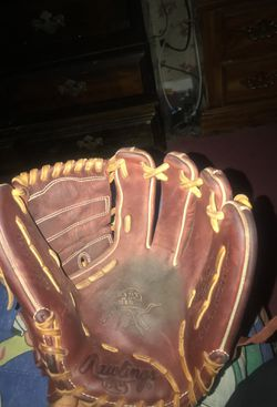 Heart of the hide baseball glove for Sale in Indianapolis,  IN