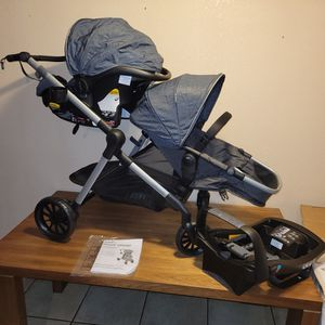 Evenflo Pivot Xpand Modular Travel System for Sale in South Gate, CA