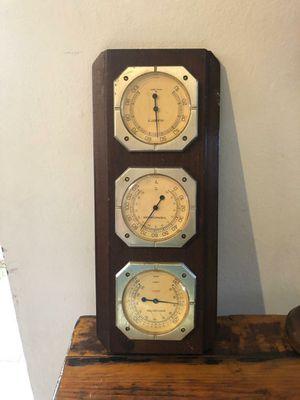 Medidor temperatura tres reloj antiguo for Sale in Medley, FL