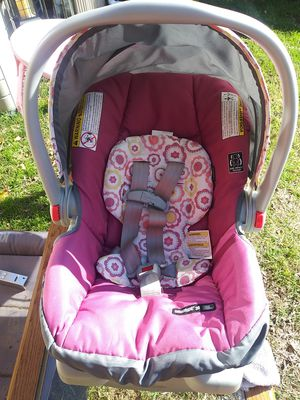 Graco infant car seat for Sale in Fort Worth, TX
