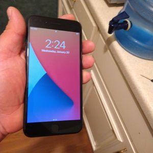 Black Iphone 7PLUS for Sale in Bellflower, CA