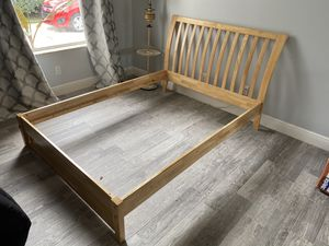 Bed frame - FULL for Sale in Hobe Sound, FL