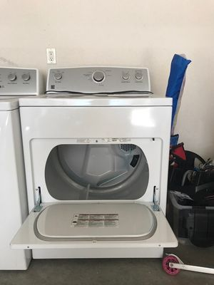Kenmore washer and gas dryer for Sale in Manteca, CA