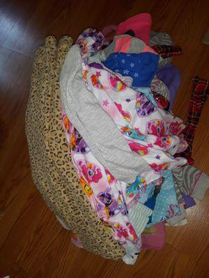 Girls 4t bulk for Sale in Roy, WA
