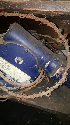 8000 lb hydraulic winch for Sale in Sacramento, CA