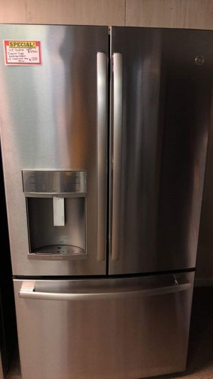 Brand New GE Profile French Door Refrigerator With SHOWCASE Door for Sale in Moyock, NC