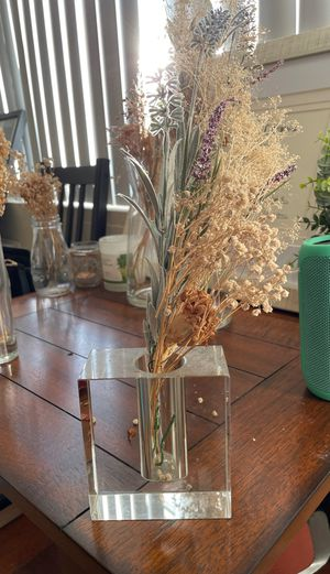Square glass vase for Sale in St. Louis, MO