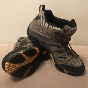 New Merrell Men's Moab Ventilator Mid Hiking Boots shoes Walnut Size 13 J86593 for Sale in Falls Church, VA