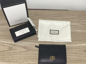 Gucci Petite Marmont Leather Card Case for Sale in Brooklyn, NY