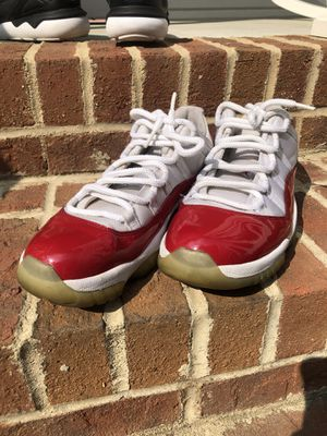 Jordan 11 Low Red/White for Sale in Knightdale, NC