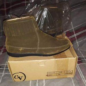 Brand new comfortview fringe boots for Sale in Indianapolis, IN