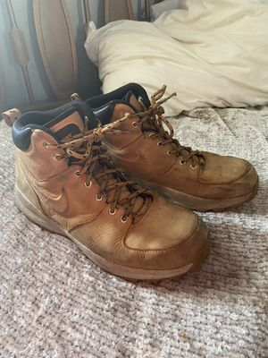 Nike work boots for Sale in Wyandotte, MI