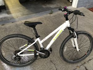2015 ish Trek Skye Mountain Bike for Sale in San Carlos, CA