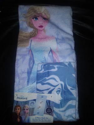 Disney bath towel set for Sale in North Webster, IN
