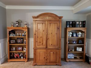 Solid wood hutch and bookshelves for Sale in Westampton, NJ