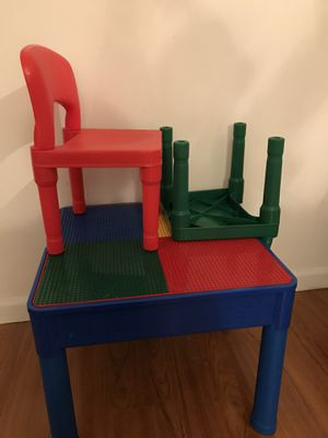 Kid's table and chairs set for Sale in Los Angeles, CA