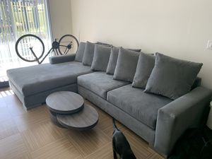 Navy Dust Couch - Mint Conditions, very comfortable for Sale in Marina del Rey, CA