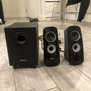 Logitech Speaker System Z323 with Subwoofer for Sale in Costa Mesa, CA