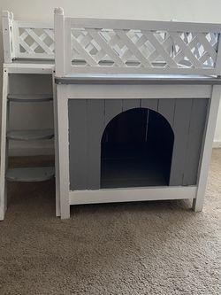 Small Dog House for Sale in El Segundo,  CA