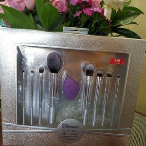 Real Technique Brush Set for Sale in Longmont, CO
