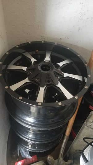 18inch wheels 8 lugs for a ford f250 or f350 for Sale in Tulsa, OK