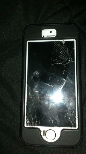 iPhone 5se for Sale in Alexandria, VA