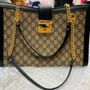 GUCCI Padlock Shoulder Bag for Sale in Queens, NY