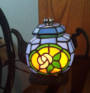 Antique cheyenne stain glass tea pot lamp for Sale in Fresno, CA