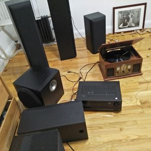 Speakers + subwoofer + amplifier/receiver - for Sale in Brooklyn, NY