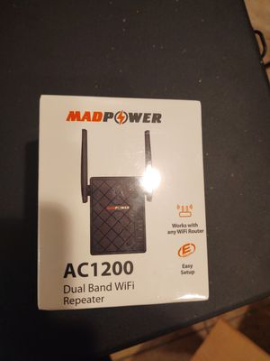 MadPower AC1200 Dual Band Wi-Fi Repeater for Sale in Gainesville, GA