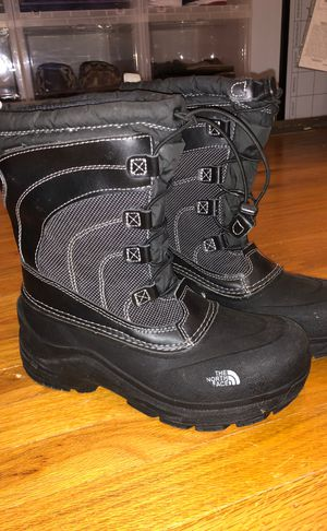 north face boots for Sale in Lindenwold, NJ