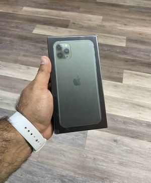 Iphone 11 pro 256 gb UNLOCK 58 for Sale in Los Angeles, CA