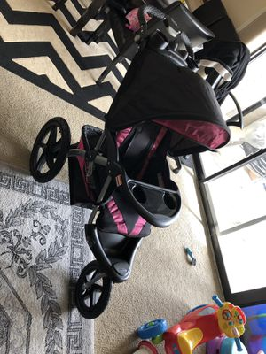 Baby trend stroller (Expedition GLX) for Sale in Silver Spring, MD