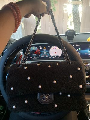 Chanel CC chain Flap bag for Sale in Rosemead, CA