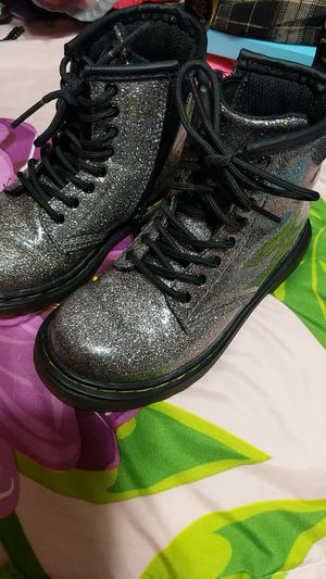 Dr. Martens Girl boots for Sale in Pico Rivera, CA
