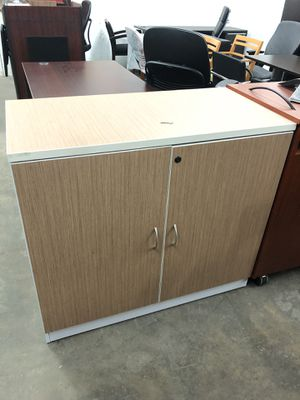 Storage cabinet with key for Sale in Houston, TX