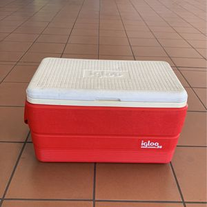 Red Igloo Cooler for Sale in Rosemead, CA